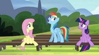 """Rainbow """"I give it a 'whoa, whoa, what'?"""" S4E21"""
