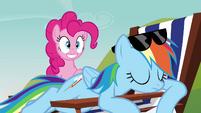 Rainbow Dash sleeping S3E3