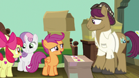 "Scootaloo ""the Pony Book of Records"" S9E12"