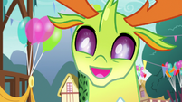 Thorax admiring the Flame of Friendship torch S7E15