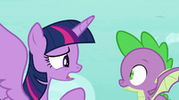 """Twilight """"fly up and distract him"""" S8E11"""