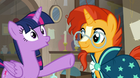 Twilight Sparkle sees something very interesting S7E24