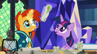 Twilight marvels at the Palominian letter opener S7E24