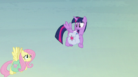 Fluttershy struggles to fly with her heavy bags S5E23