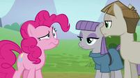 Pinkie Pie twisting her face at Mudbriar S8E3