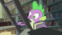 Spike sees Owlowiscious S4E23