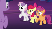 """Sweetie Belle """"somepony needs our help?"""" S8E6"""