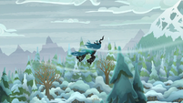 Chrysalis flying to Mt. Everhoof S9E8