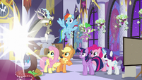 Discord about to teleport away S9E17