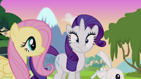 Rarity about to sneeze S4E03