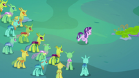 Starlight gives a speech to the changelings S7E17