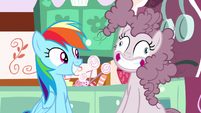 Pinkie Pie with a poofy, messy mane S8E18