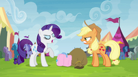 """Rarity trying not to be """"out-friended"""" S4E22"""