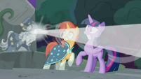 Star Swirl fires his magic at the center of Ponhenge S7E25