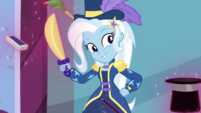 Trixie smiles and poses for the cameras EGDS31
