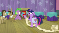 """Twilight """"this has nothing to do with"""" S9E16"""
