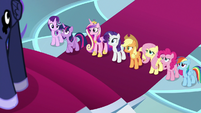 Twilight volunteers herself and her friends S8E25