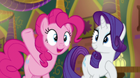 """Pinkie Pie """"I can pack this place with ponies!"""" S6E12"""