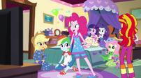 """Pinkie Pie """"Pizza's here!"""" EG2"""