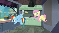 Rainbow and Fluttershy behind the burger stand S4E22