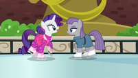 Rarity about to say something to Maud Pie S6E3