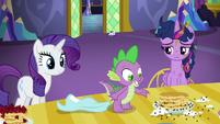 Spike joins the pancake breakfast S5E3