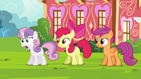 """Sweetie """"with Princess Twilight all the time!"""" S4E15"""