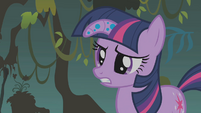 """Twilight """"doesn't sound anything like your song"""" S1E09"""