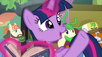 """Twilight Sparkle """"he's really thriving!"""" S8E21"""