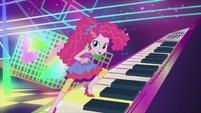 Pinkie Pie the techno pop star EG2