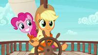 Pinkie sneaking up on Applejack S6E22