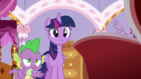 Spike --in the middle of the ocean-- S6E22