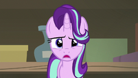 Starlight -this shop looked a lot smaller- S7E24