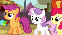 Sweetie Belle defends Trouble Shoes S5E6