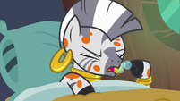 Zecora coughing up more bubbles S7E20