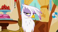 Gilda is not amused S1E05