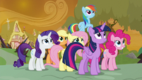 Mane Six thrilled by the princesses' arrival S9E2