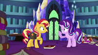 Starlight Glimmer points at her horn EGS3