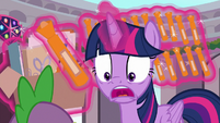 """Twilight """"and they're all orange!"""" S9E3"""