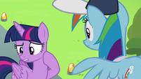 """Twilight Sparkle """"I didn't even notice Vapor"""" S6E24"""