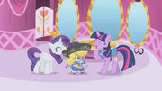 Twilight laughing at Spike's outfit S01E03.png