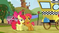 Babs hugging Apple Bloom S3E08