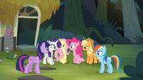 Pinkie 'Rainbow Dash makes a pretty good point' S4E04