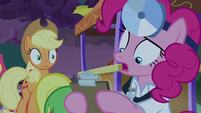 """Pinkie Pie """"no idea what's wrong"""" S9E17"""
