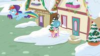 Rainbow Dash flies away from Fluttershy MLPBGE