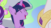 """Twilight Sparkle """"working really well"""" S9E15"""