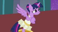 Twilight Sparkle embarrassed by her outburst S7E10