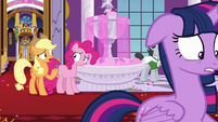 """Applejack """"there were royal street carpeters?"""" S9E13"""