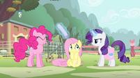 Pinkie Pie hit by flier S4E14