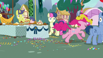 Pinkie Pie running away from the party S7E23